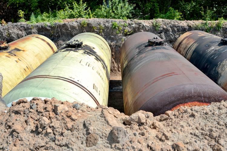 fiberglass tank repairs